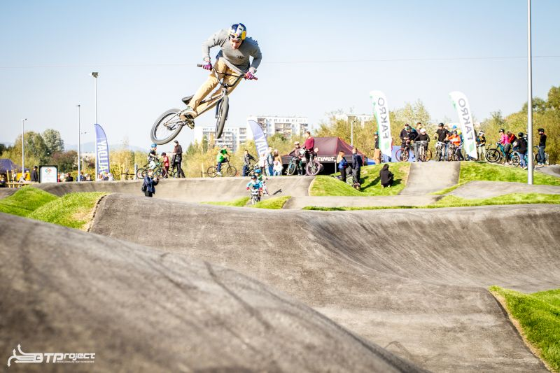 pumptrack-slider-6.jpg